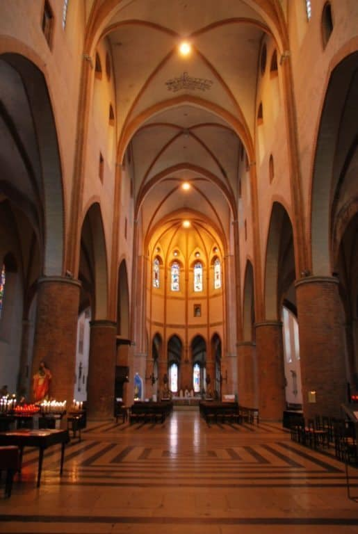 'Toccata and Fugue' in a church