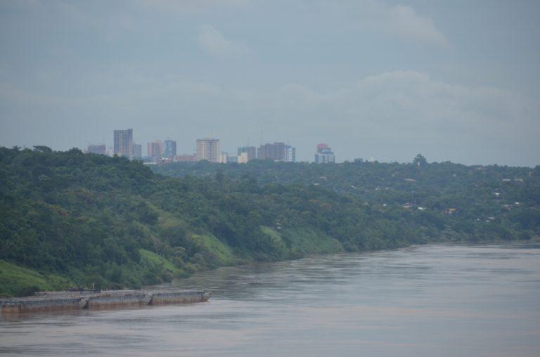 confine – veduta del Paraguay, Gen.2016 (Iguazù)