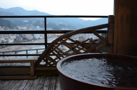 Avevamo un bagno sul balcone a Gero Onsen