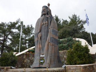tomb of Makarios – huge statue, Mar.2015