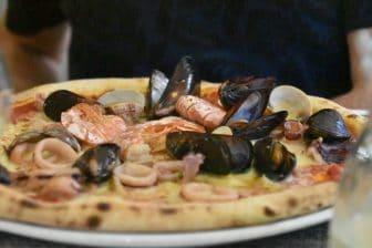 イタリア サルディニア アルゲーロ レストラン Il Pesce D'Oro シーフード・ピザ