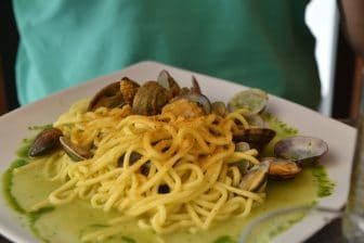 Italia-sardegna- alghero-spaghetti