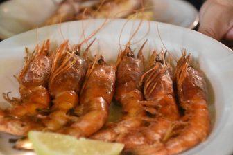 イタリア サルディニア島 アルゲーロ 市場 食堂 エビ