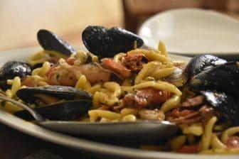 イタリア サルディニア島 アルゲーロ レストラン Il Pesce D'Oro 特製シーフード・パスタ