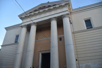 イタリア サルディニア アルゲーロ 大聖堂 正面 柱