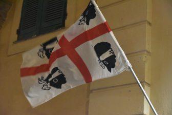 Italy-Sardinia-Alghero-flag-four heads-blindfold