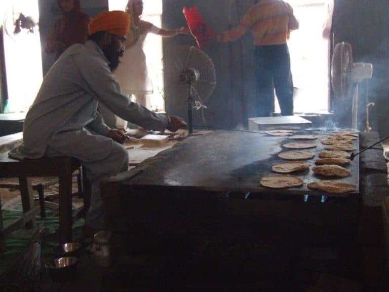 india, Amritsar – bake, Sept.2006 (Amritsar)