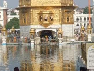 india, Amritsar – gold, Sept.2006