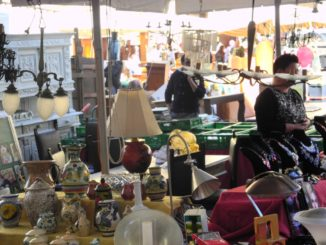 Biggest antique market in Italy