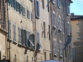 Italy, Arezzo – windows, Nov.2014
