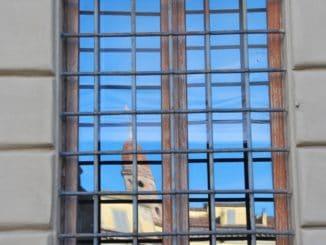 Italy, Arezzo – blue sky in window, Nov.2014