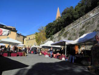 Italy, Arezzo – blue sky, Nov.2014