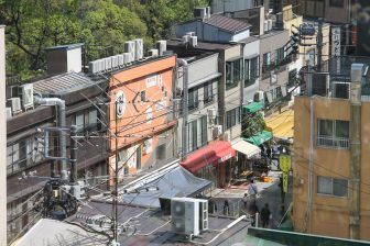 Asakusa – looking down at the street, Apr.2017