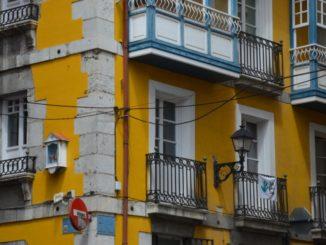スペイン、ベルメオ-女性像 2014年5月