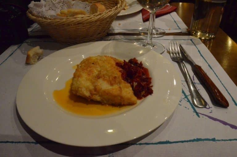 Il ristorante di una donna austera