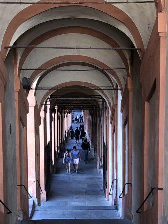 イタリア ボローニャ ポルティコ 世界一長い