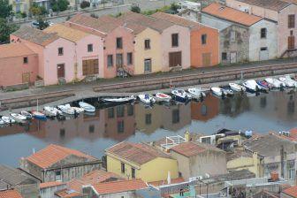 Barche ed antiche case