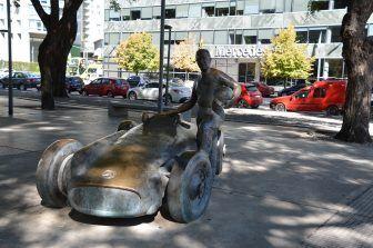 capitale-argentina-fangio-monumento
