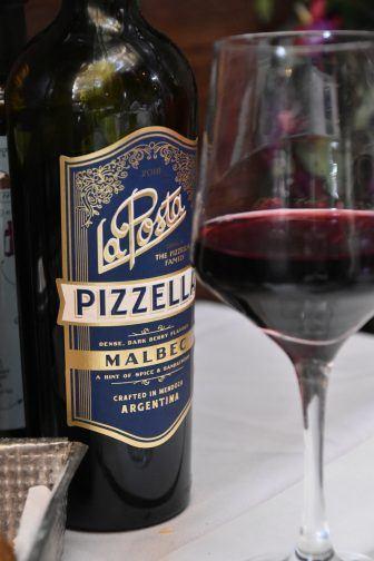 アルゼンチン肉の専門店、ラ・カブレラで飲んだワイン