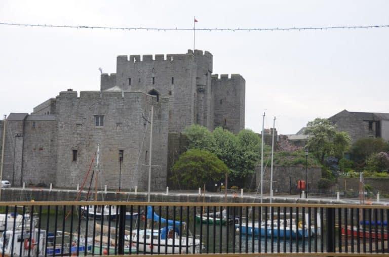 El sólido castillo