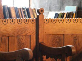 Romania, Cozia Monastery – books, Apr. 2014