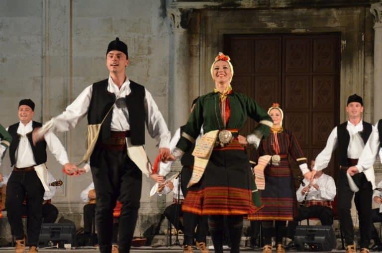 マケドニア舞踊