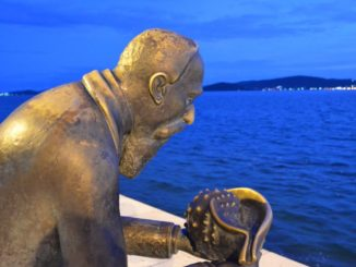 Croatia, Zadar – statue and sea, July 2014