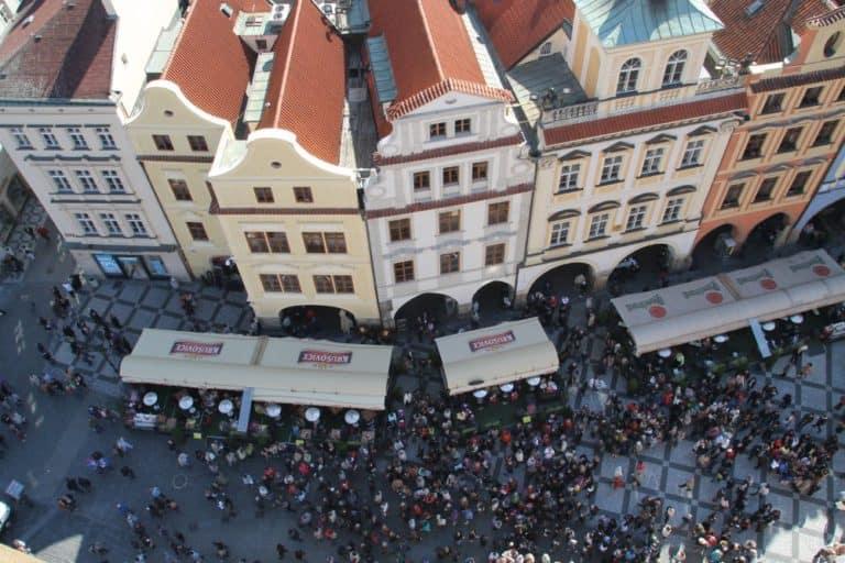 Salire sulla cima della Old Town Hall a Praga