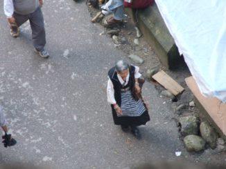 India, Dharamsala – costume, Sept.2006