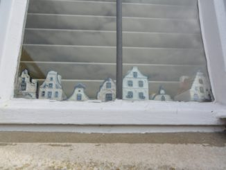 Dorchester – houses in the window, May 2015
