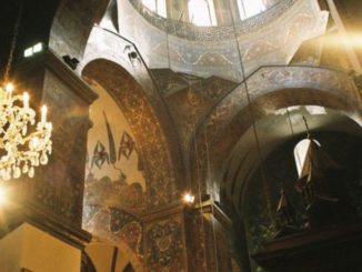 Armenia, Echmiadzin – inside, Autumn 2005