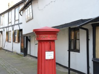 England, Eton – postbox, Mar. 2014