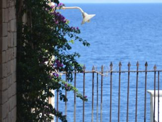 Greece, Syros, Ermoupoli – lamp and fence, Sept.2013