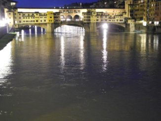 Italia, Firenze – palazzo, aprile 2013