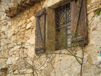 France, Eze – a window, 2011