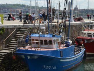 Spain, Getxo – blue boat, May 2014