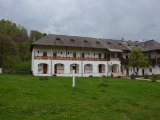 Romania, Horezu – accommodation, Apr.2014