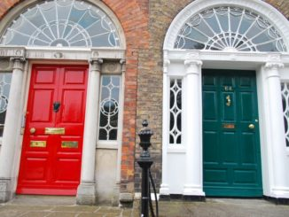 Ireland, Dublin – red and green, July 2011