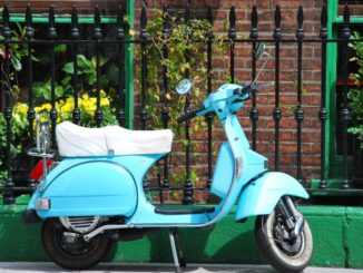 Ireland, Dublin – scooter, July 2011