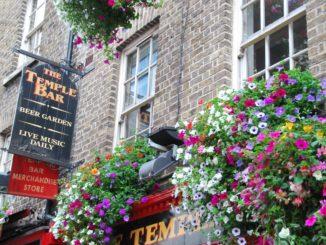 Ireland, Dublin – Temple Bar, July 2011