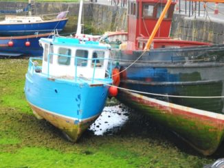 Ireland, Galway – boats on dry, 2011