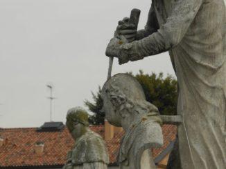 Italy, Padua – statues 2011