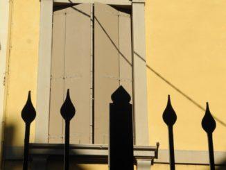 Italy, Padua – window and fence 2011