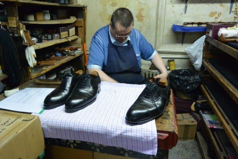 Il supremo negozio di scarpe
