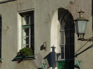 Lithuania, Klaipeda – lamp and shadow, Sept.2014