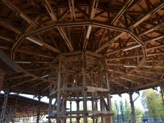 Lithuania, Klaipeda – wooden ceiling, Sept.2014