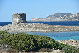 La Pelosa-torre-aragonese-isola