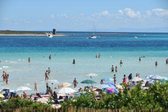 Sardinia-La-Pelosa-beach-sea-colour-Italy
