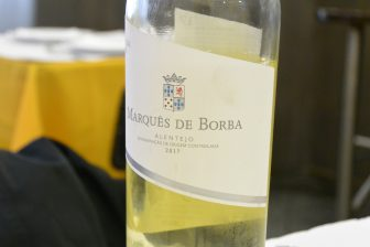 vino-bianco-alentejo-portogallo-lisbona
