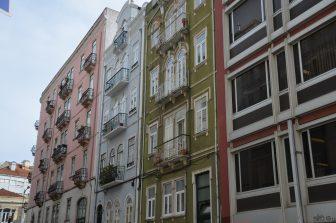 palazzi-colorati-lisbona-capitale-portogallo